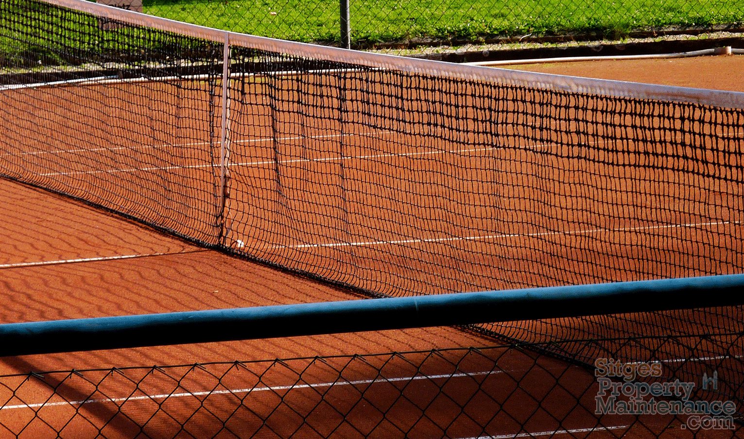 w-sitges-barcelona-tennis-courts